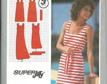 ON SALE Simplicity 9522 Misses Jiffy Pullover Tank  Dress Pattern, Availabe Sizes, 6-8, 10, 14 & 16 UNCUT