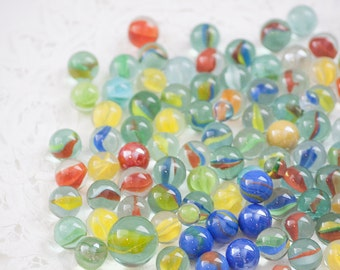 Mixed Lot of 100 Vintage Marbles