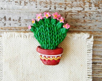 Flower Cactus Brooch, Bloomy Cactus, Flowering cactus, Green Brooch, Botanical Jewelry Polymer clay pin