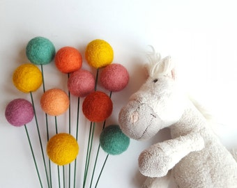Pom pom flowers, billy ball flowers, billy buttons, alternative bouquet, modern arrangement, felt craspedia, nursery decor, kids room decor