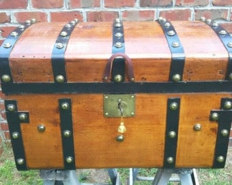 Antique Jenny Lind, Stagecoach Trunk, Refinished, CA 1860