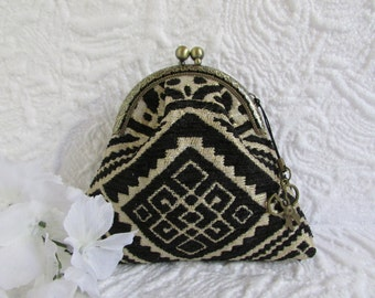 20A - Coin purse - Fabric with Metal Frame, handmade, wallet
