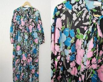 Vintage 1960s Nylon Maxi Oversized Bold Print Colorful Dress Bow Tie Neck Bitton Up Kimono Long