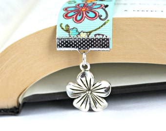 Sea Green Flower Ribbon Bookmark with Flower Charm / Gifts under 10 / Stocking Stuffers / Gift for Readers / Bright Floral Bookmark