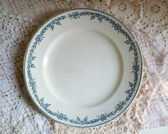 1 Antique CERAMIC SERVING PLATE, Ivory White Plate with Laurel Wreath Border. Stamped Nord, Moulin des Loups & Hamage. Pattern: Lauriers.