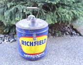 VIntage or Antique Richfield Oil 5 Gallon Can, Bright Colors, Excellent Shape