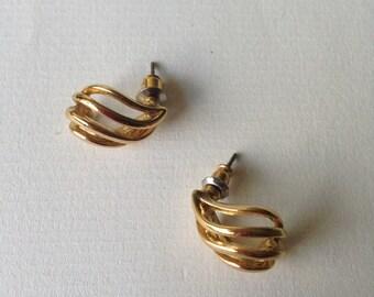 Vintage Gold Tone  Textured Metal Earrings/Studs