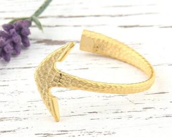 Gold Plated Anchor Bracelet Bar, Hammered, 1 piece // GF-127