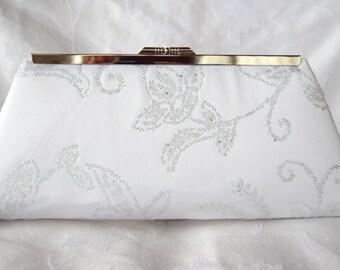 White Embellished bridal purse bag/ Summer wedding clutch/ Gift for her/Custom made evening clutch/ Bridesmamids gift clutch/ Evening clutch