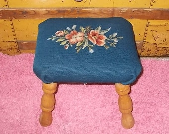 Foot Stool Tapestry Embroidery, Foot Stool ,Victorian Shabby Cottage Cute Little Tapestry Embroidery  Foot Stool