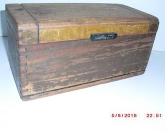 shabby Art Deco wood box
