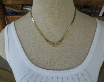 Vintage Gold Tone Necklace, With Rhinestones, Nice Condition.