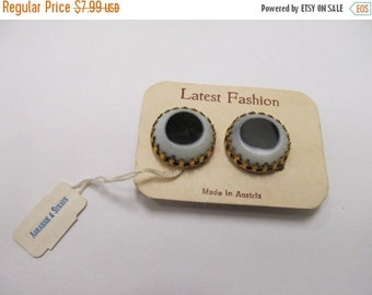 ON SALE Vintage Made in Austria Black and White Art Glass Earrings Item K # 616