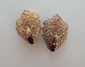 Sarah Coventry Filigree Clip On Earrings