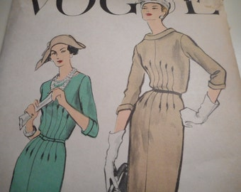 Vintage 1950's Vogue 9252 Dress and Underskirt Sewing Pattern, Size 14 Bust 34
