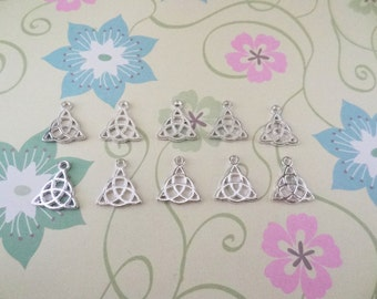 10 pcs - Silver Plated Celtic Knot Charm