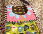 Bag purse shoulder strap handbag vintage recycled t shirts tee shirts t-shirt Flowers Skull and Crossbones