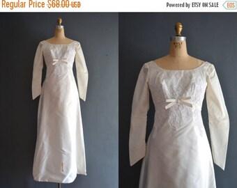 SALE - 60s wedding dress / 1960s wedding dress / Molly
