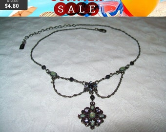 SALE 60% Off vintage 1928 rhinestone pendant necklace, beautiful rhinestone necklace