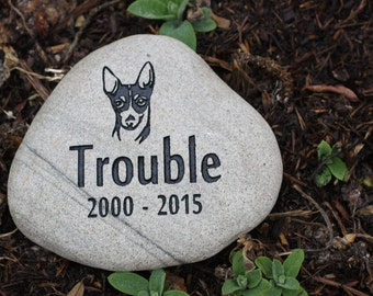 Custom Pet Memorial with Graphic, Name, and Years