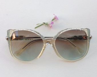 80s studded sunglasses / Vintage embellished deadstock sunglasses / french lucite butterfly frames / jeweled Eyewear / nos statement glasses