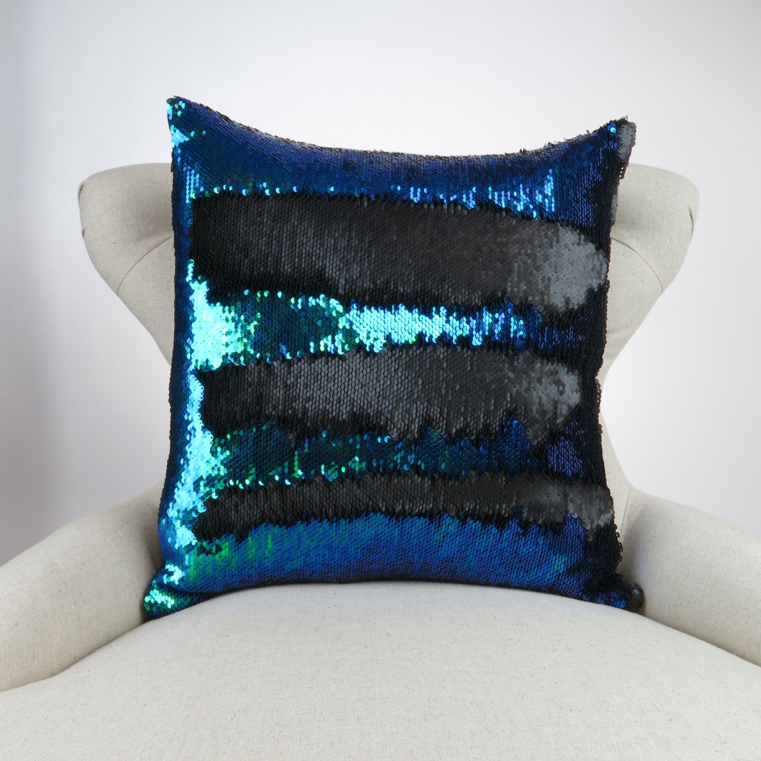 1000  ideas about Mermaid Pillow on Pinterest | Sequin Pillow ...