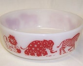 Hazel Atlas Childs Milk White with Red CIRCUS ANIMALS Cereal Bowl