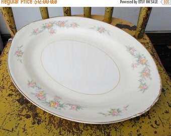 "ON SALE Vintage 1950's Homer Laughlin ""Countess"" Pattern Eggshell Nautilus 11 3/4"" Serving Platter Cottage Chic Shabby Chic"