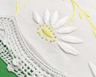 Daisy Pillowcase, Girls Room Decor, Vintage Pillowcase, Queen, Girls Pillowcase, Yellow Daisy Embroidery, Yellow and Green Girls Room Decor