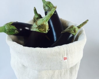 Bread (or eggplant ... Or?? ) basket made in Italy from vintage linen and hemp fabric.