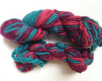 3.7 Ounces Handspun Thick and Thin Chunky Wool Yarn Single Ply Magenta Turquoise Pink