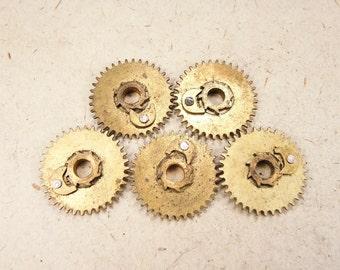 Brass Clock Gears - Steampunk Jewelry Findings - set of 5 - G76a