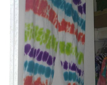Juniors' Size M Ruched Capri Leggings Tie-dye Stripes Green Blue Orange Purple