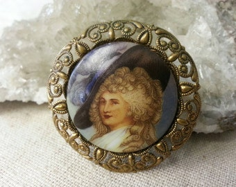 Vintage Western Germany glass cameo and brass filigree brooch