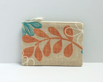 Small square coin purse - floral  on beige