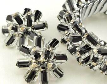 Unusual Glass Cha Cha Bracelet & Earrings Chunky Design Black Encased in Clear Glass Beads ~ Lot 9635