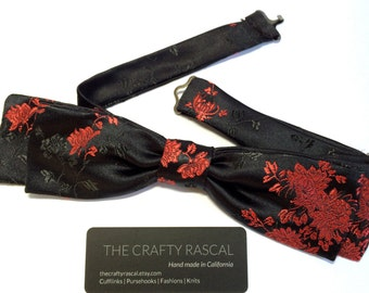 Floral Skinny Silk Bow Tie in Black Silk