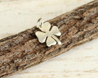 Sterling Silver Medium Four Leaf Clover Charm -- 1 Piece