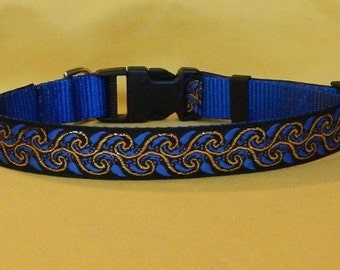 Blue and gold scroll collar
