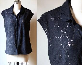 1960s Black lace sleeveless top // peter pan collar // 1960s tank top