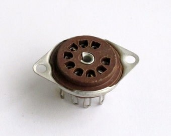 Cinch 9 pin miniature tube socket - brown phenolic - new old stock - US made