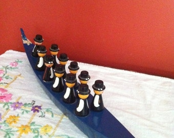 CIJ 25% Vintage Wooden Swedish Boat with 11 Painted Men