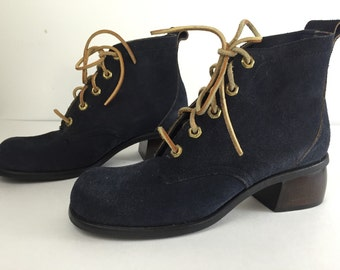 Viintage 1970's Moxees Blue Suede Leather Lace Up Boots Woman's Size 7B
