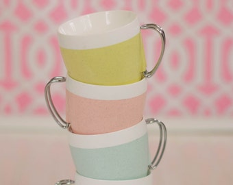 Vintage pastel thermo drinking mugs cups lot melmac melamine made in USA 70s