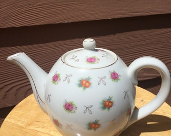 Vintage Fred Roberts teapot