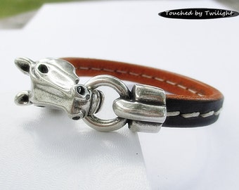 Leather Equestrian Bracelet - Black Stitched Regaliz Leather with Antique Silver Horse Head Clasp - Horse Lover Bracelet