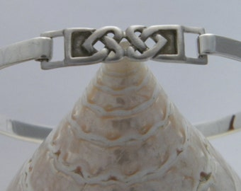 Unique Celtic Knot Heart Bangle Bracelet - 925 Sterling Silver - Celtic Irish
