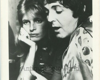 Paul and Linda McCartney vintage music photo The Beatles