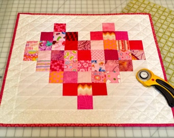 Small Heart Wall Hanging Quilt - Pixelated Heart - Scrappy Heart Quilt - Heart Wall Tapestry - Quiltsy Handamde