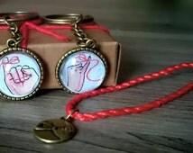 Llaveros inspirados en la leyenda del hilo rojo. Yubikiri.